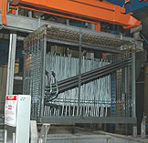 Rack engineering makes a critical difference in the deposition quality of zinc phosphating.
